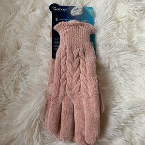 Isotoner woman's soft Chenille Cable Knit Gloves
